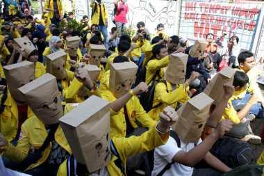 Awas! Ada Perpeloncoan di Ospek, Rektor Akan Dipecat