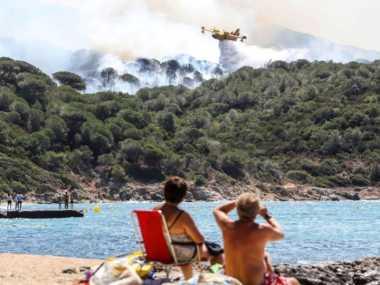 Waduh! 900 Hektar Hutan di Prancis Terbakar, 10 Ribu Wisatawan Nyaris Terjebak