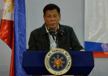 Ajari Siswa Jadi Pemberontak Komunis, Duterte Ancam Bom Sekolah Adat