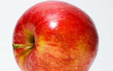 Jangan Sampai Tertelan!! Biji Buah Apel dan 2 Buah Ini Mengandung Racun Sianida