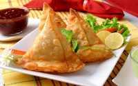 Samosa hingga Daging Kuda, 7 Makanan yang Dilarang Beredar di Negara Tertentu!