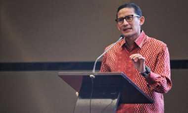 Beri Sambutan di Acara Wisuda, Sandiaga: Kita Mau Mencari atau Menciptakan Lapangan Kerja?