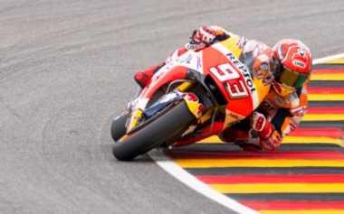 Performa Marquez Dituding Terbantu oleh Motor, Ini Respons Crutchlow