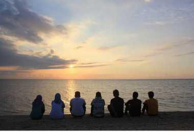 SHARE LOC: Ke Rembang, Jangan Lupa Menyeberang ke Pulau Gede untuk Menikmati Sunset
