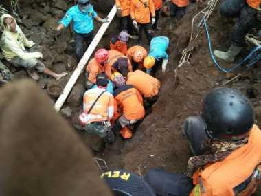 Innalillahi! Korban yang Tertimbun Longsor di Temanggung Ditemukan Tewas