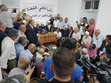 ALHAMDULILLAH! Israel Cabut Pagar Keamanan dan Kamera CCTV dari Masjid Al Aqsa