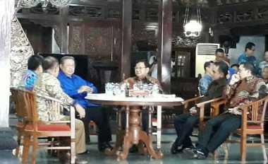 Didampingi Petinggi Gerindra, Prabowo Tiba di Kediaman SBY