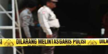 Rumah Tempat Penggerebekan Sabu 300 Kg di Pasang Garis Polisi