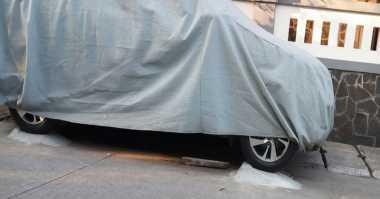 Gawat! Badan Jalan di Priok Dibeton Jadi Parkiran Pribadi