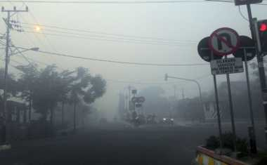 Astaga! Imbas Kebakaran di Aceh Barat, Belasan Warga Alami Gangguan Pernapasan
