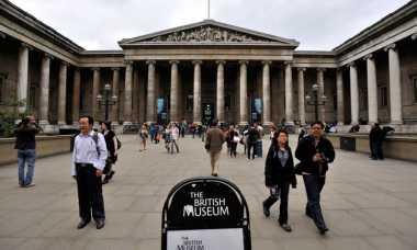 Duuh! Cincin Berlian Bernilai Rp13 Miliar di Museum Inggris Raib