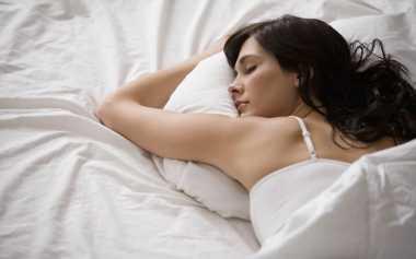 6 Trik Mengecilkan Perut Tanpa Perlu Olahraga Berat, Coba Tidur Cukup & Hindari Gula