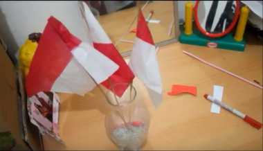 HARI MERDEKA: Hadiahkan Satu Vas Bendera untuk si Kecil, Intip Cara Membuatnya Moms