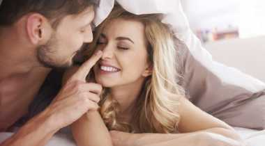 Sstt..Ini Rahasia di Balik Wanita Menggigit Bibir saat Terangsang