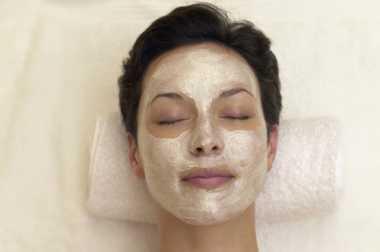 Selain Buat Masker Wajah, Simak 11 Manfaat Lain dari Bedak Bayi