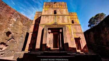 Dikenal sebagai Negara Miskin, Ethiopia Ternyata Punya Gereja Bawah Tanah yang Luar Biasa