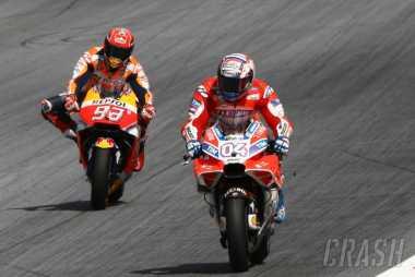 Saling Adu Kecepatan, Ini Video Persaingan Sengit Dovizioso dan Marquez di GP Austria