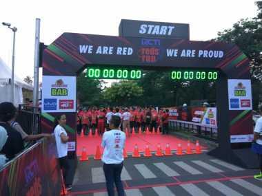 Diikuti Legenda Liverpool, Peserta Lari The Reds Run Padati Kawasan Bintaro X-Change