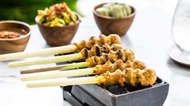 RESEP NENEK: Bosan dengan Sate Ayam atau Kambing? Bikin Yuk Sate Lilit Bali dan Sate Bandeng yang Lebih Menggugah Selera!