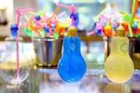Cantiknya Minuman Bohlam yang Lagi Viral di Media Sosial