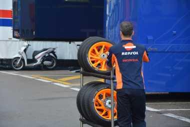 Berjuang di Lintasan, Tim yang Tampil Bawa 33 Ban di Setiap Kalender MotoGP