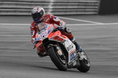 Tampil Luar Biasa di MotoGP 2017, Dovizioso Yakin Desmosedici Bisa Bawa Juara