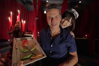 6 Restoran di Jepang dengan Pelayan Berkostum Unik, Mulai dari Seragam Maid Anime, Vampire Sampai Dokter