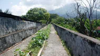 Astaga, Benteng Oranje Ambruk Diduga Akibat Penggalian Kanal