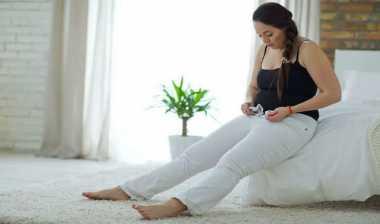 Benarkah Duduk Lama Bikin Pantat Lebar? Begini Kajian Ilmiahnya