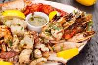 Punya Kolesterol Tinggi? Ingat, 4 Jenis <i>Seafood</i> Ini Harus Dikurangi