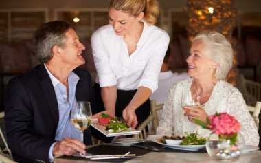 Hal Sepele yang Dilakukan Pelanggan Namun Sangat Dibenci Pelayan Restoran