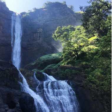 UNCOVER INDONESIA: Yuk Kunjungi Curug Sodong, Air Terjun Cantik namun Berbahaya