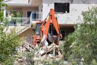 Astaga! Polisi Spanyol Temukan Rompi Bom di Puing-Puing Bangunan