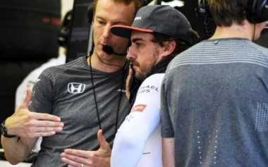 Sadar dalam Performa Baik, Alonso Kecewa Berat Gagal Finis di GP Singapura