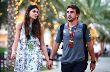SPORTAINMENT:  4 Fakta Seputar Kekasih Fernando Alonso, Nomor 3 Tidak Disangka-sangka