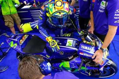 Valentino Rossi Dinilai Terlalu Memaksakan Diri Tampil di Aragon, Ini Tanggapan Lorenzo