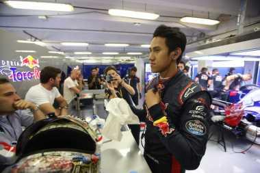 Sukses Mengaspal Bersama Toro Rosso, Sean Gelael Berharap Amankan Kursi F1 Musim 2019