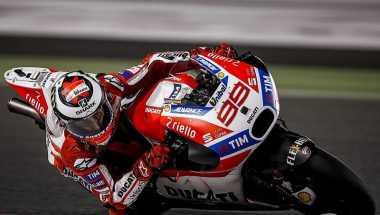 Kalah Bersaing dengan Marquez di MotoGP Aragon, Lorenzo: Desmosedici Masih Ada Kelemahan