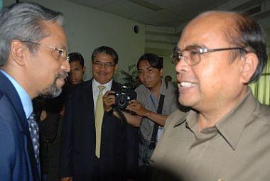 Foto: Rektor IPB & Mendiknas (situs IPB)