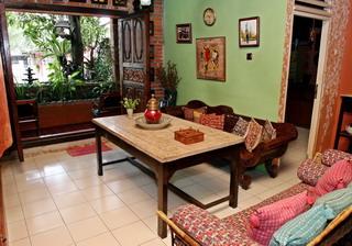 : img-z.okeinfo.net content 2008 05 14 30 109157 0diPITOFpd & Interior Modern Etnik nan Cantik : Okezone Lifestyle