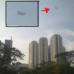 Penampakan UFO Terlihat di Jakarta?