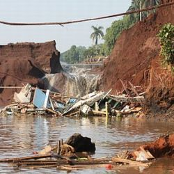 Renovasi Belum Rampung Air Situ Gintung Meluap Okezone News