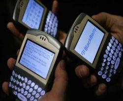 RIM Berikan Garansi 2 Tahun untuk Blackberry Resmi