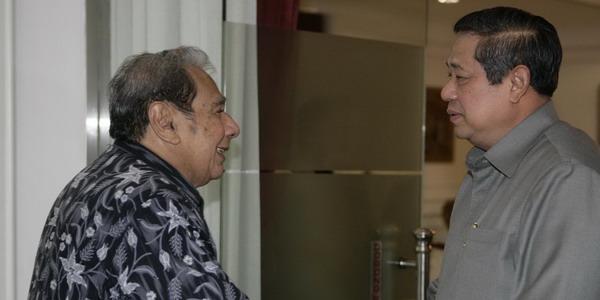 Des Alwi dan Presiden SBY (Foto: presidensby.info)
