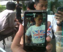 HTC Desire HD, Antara Tablet dan Smartphone
