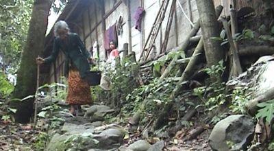 Mainah, warga Desa Babat, Kecamatan Kebon Agung, Demak, Jateng. (Dok: Sun TV)