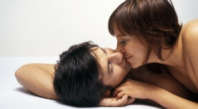 17 Variasi Ciuman Pembangkit Libido Okezone Lifestyle