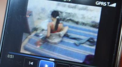 salah satu klip video mesum di Pasuruan (Foto: Arie Y/Koran SI)