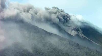 Erupsi Gunung Gamalama, Malut. (Foto: okezone/Rival F)