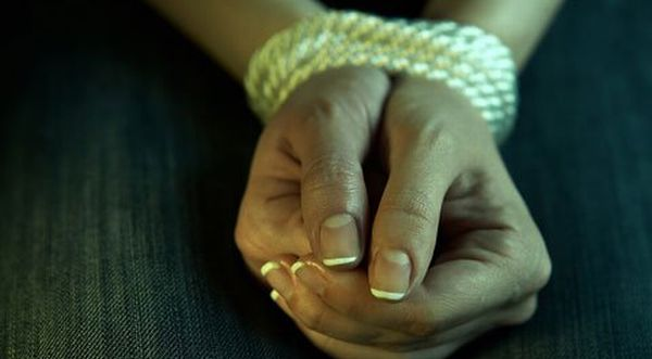 Facebook & SMS Dominasi Penyebab Kejahatan Seksual